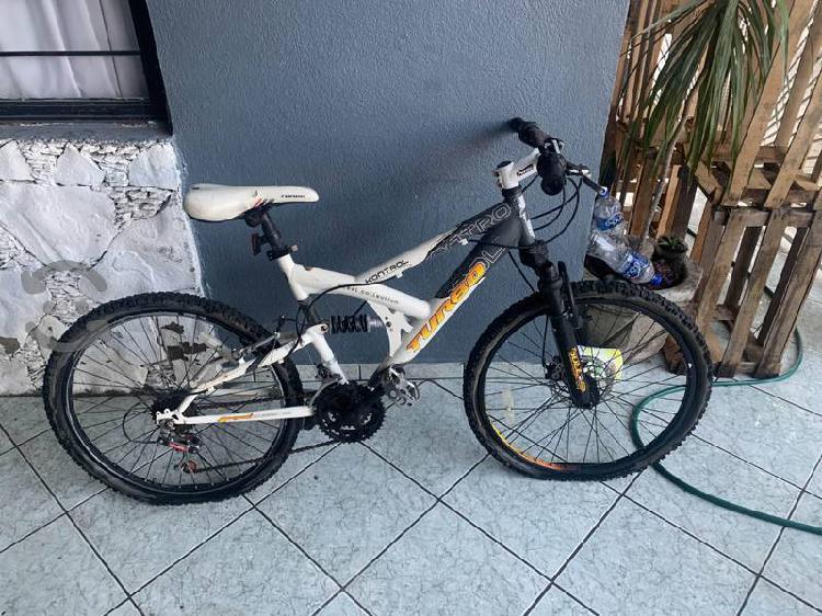 Bicicleta montaña turbo