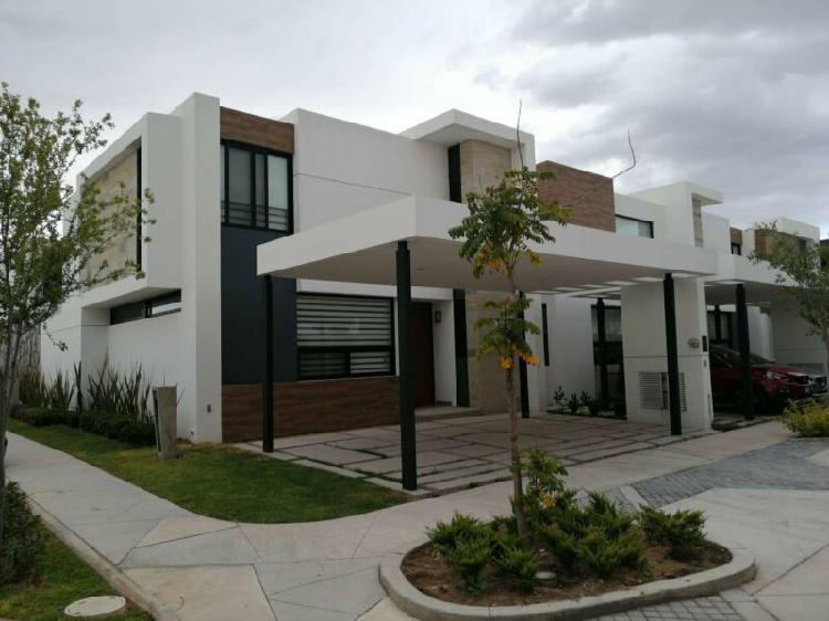 Casa en renta con acabados increibles en muralia residencial