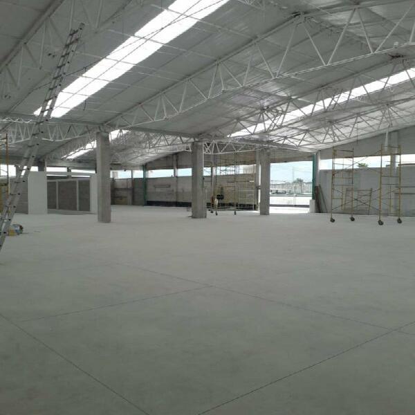 En Renta Nave 8000 m2 en Parque Industrial