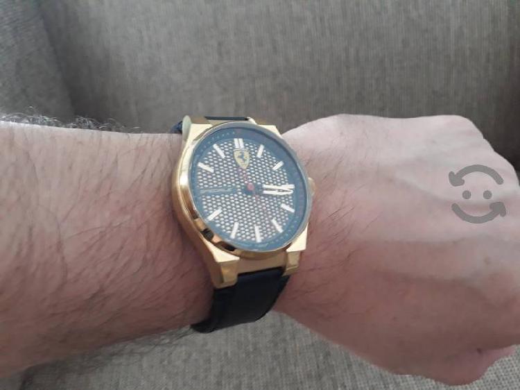 Ferrari speciale edición limitada reloj scudería