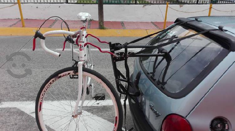 Rack importado seminuevo 2 bicis