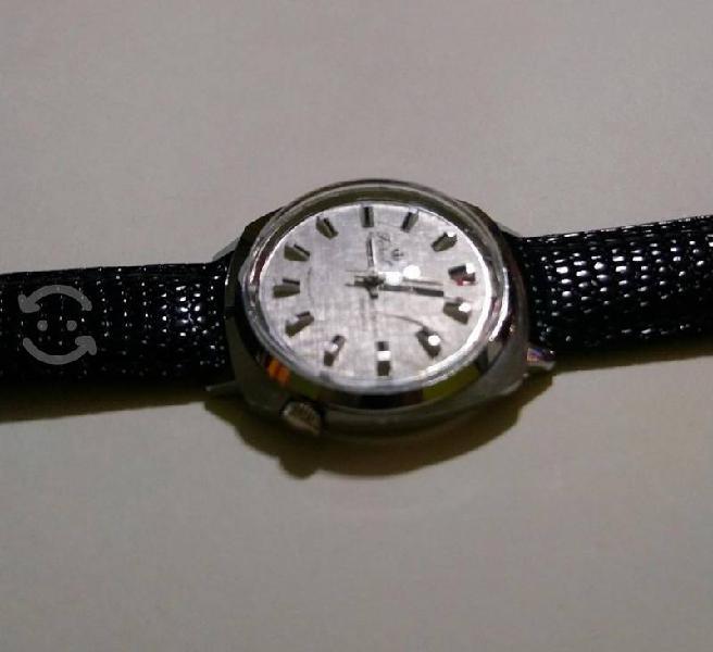 Reloj suizo de cuerda