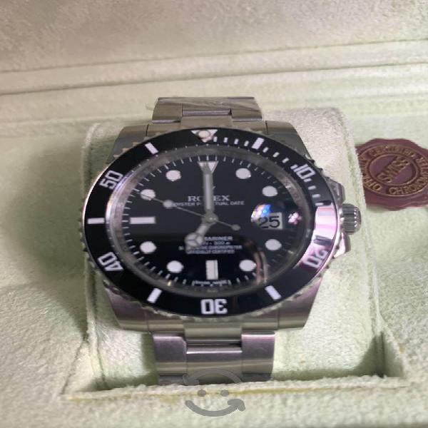 Rolex submariner con caja