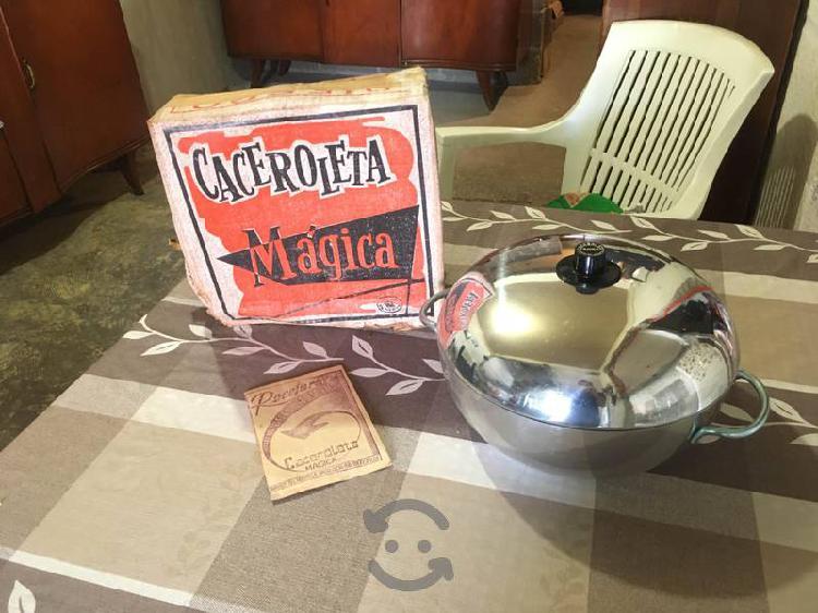 Vintage. cacerola mágica nueva