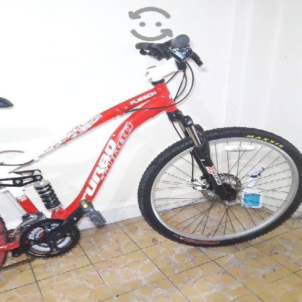 Bicicleta r26 doble suspensión