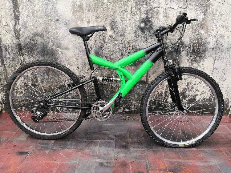 Bicicleta r26 doble suspension