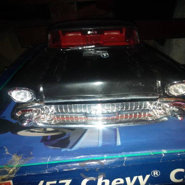 Chevrolet bel air a escala