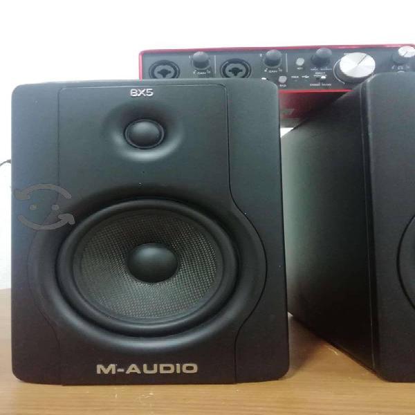 Monitores m-audio bx5 e interface de audio