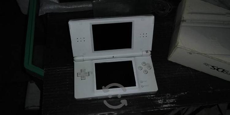 Nintendo ds lite juegos con detalle