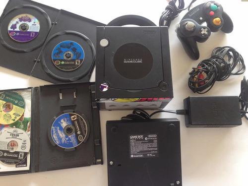 Nintendo game cube con game boy player y 5 juegos