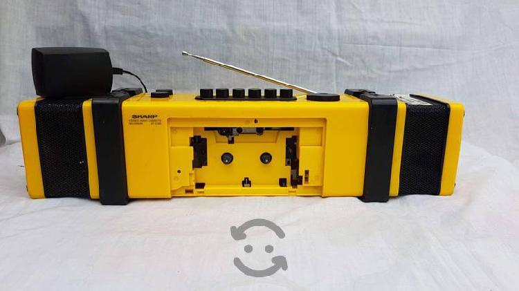 Radio casetera sharp
