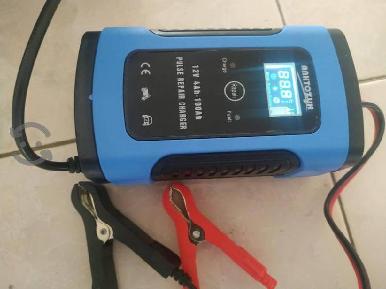Cargador de baterias 12 volts portatil