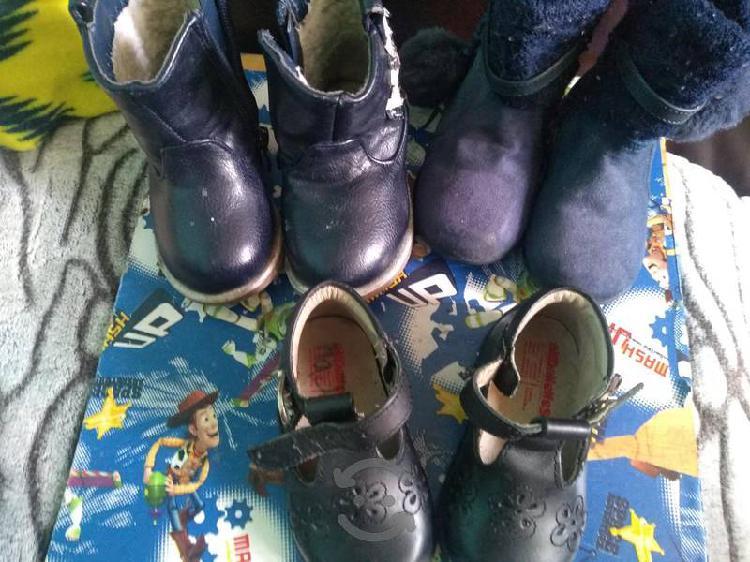 Lote zapatos niña no. 12 y 13 seminuevos