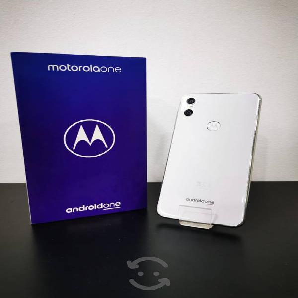Motorola moto one liberado