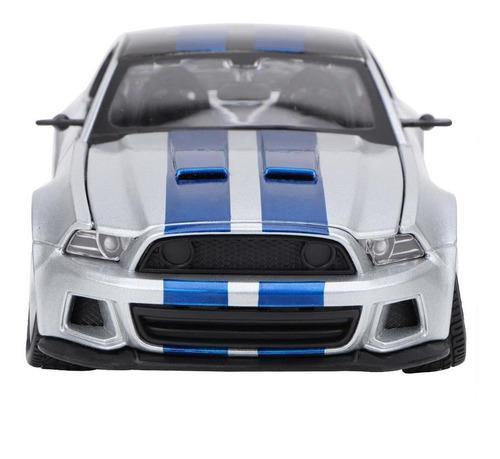 1:24 en miniatura de aleación de coches de carreras modelo