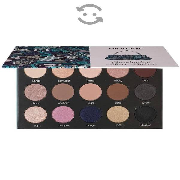 Eyeshadow matte palette + regalo rímel kylie