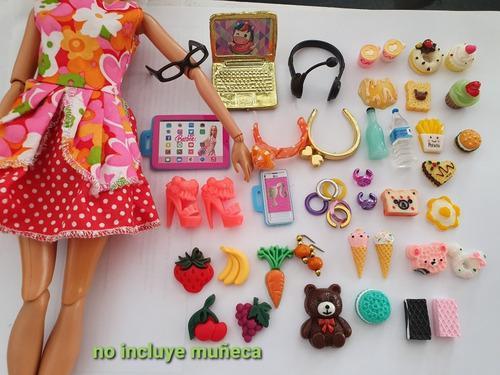 Lote de accesorios genericos para barbies (comida miniatura)