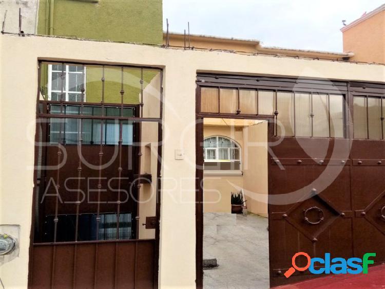 CASA EN VENTA DOS NIVELES EN TORREÓN NUEVO CON COCHERA CERRRADA, Torreón Nuevo