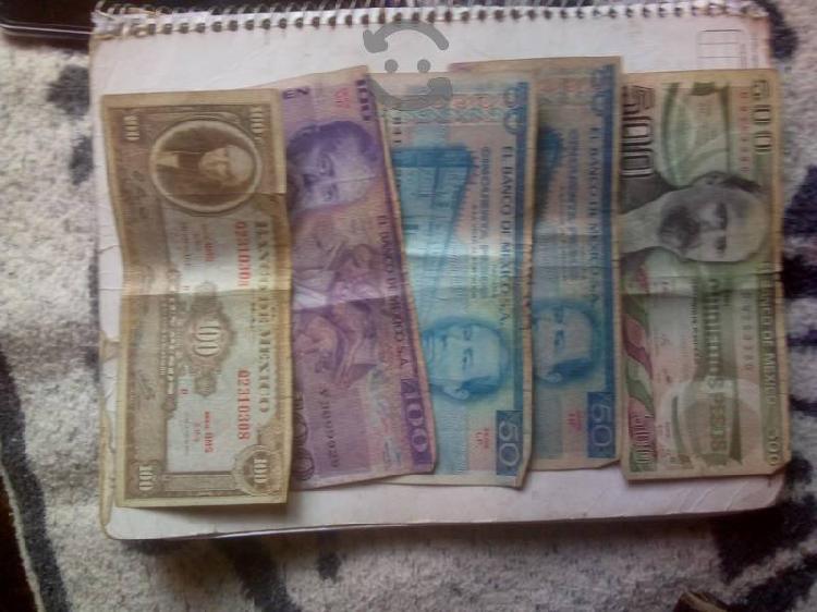 Billetes antiguos rondan entre los años 70 y 80