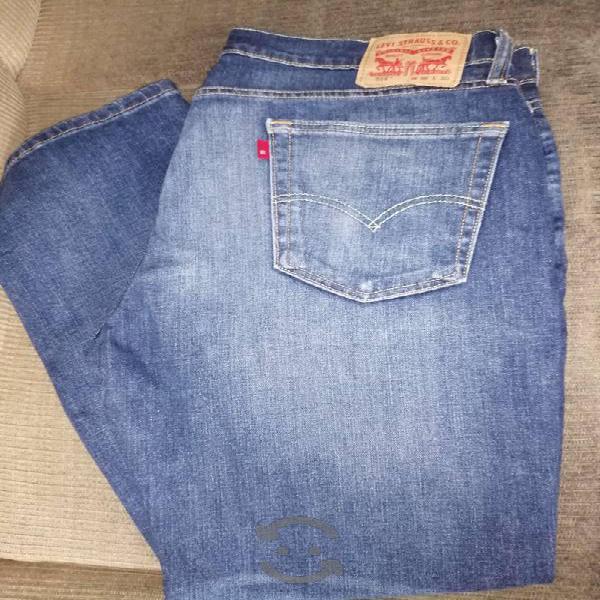 Levis 36 x 30 azul modelo 514