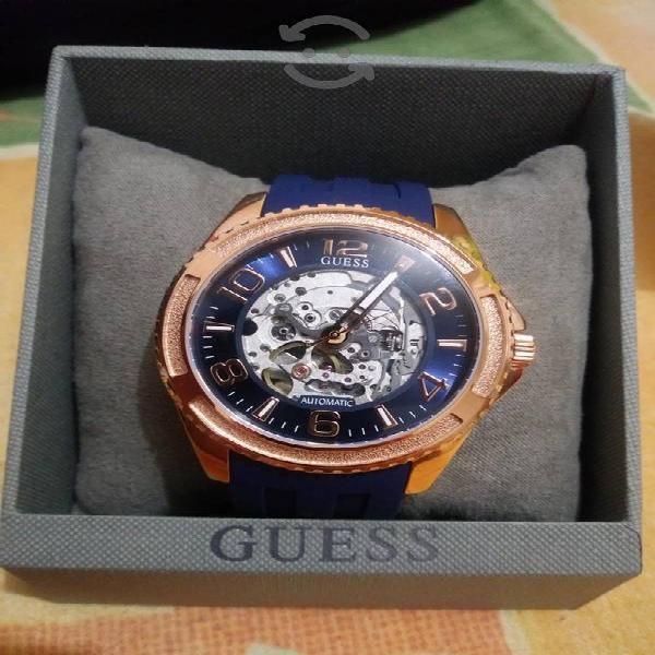 Reloj automático guess w1268g3 nuevo