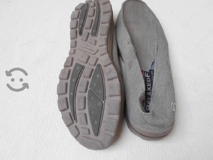 Se vende lote de zapatos seminuevos