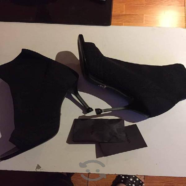 Zapatos prada (nuevos)