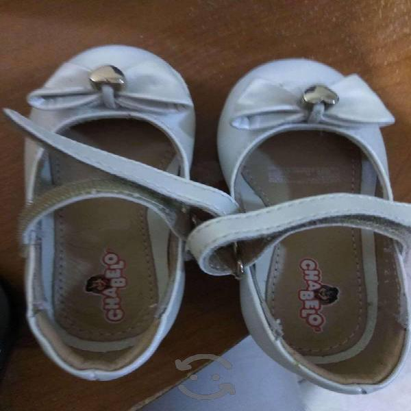 Zapatos bebe nina color perla num 13.5 como nuevos