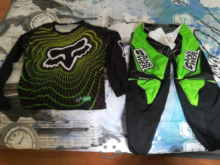 Yersi y pantalón de motocross
