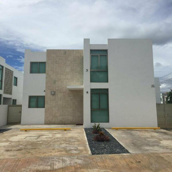 Renta de departamento en colonia maya planta alta