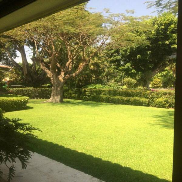 Residencia en club de golf tabachines en renta