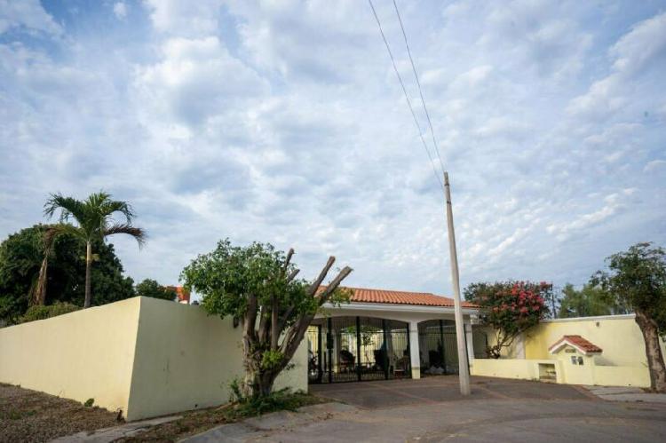 Se vende casa privada real del country en culiacan