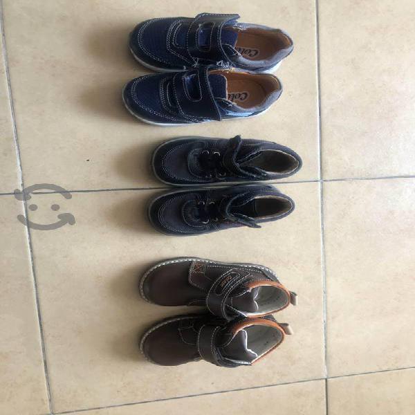 Zapatos para bebé # 14 en excelente estado