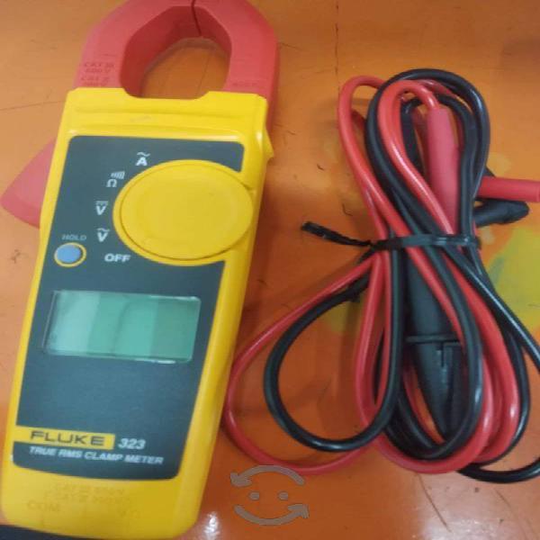 Amperímetro fluke-323