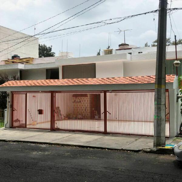 Casa en renta en hacienda coapa