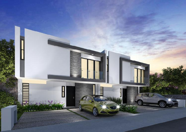 Vendo casa con jardin en corregidora 167 m2 construccion 160