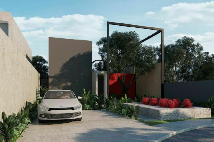 Casa de único diseño a la entrada de conkal, yucatán