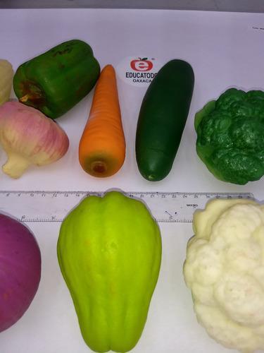 Miniatura plástico 100% reales: frutas y verduras 81 pzas