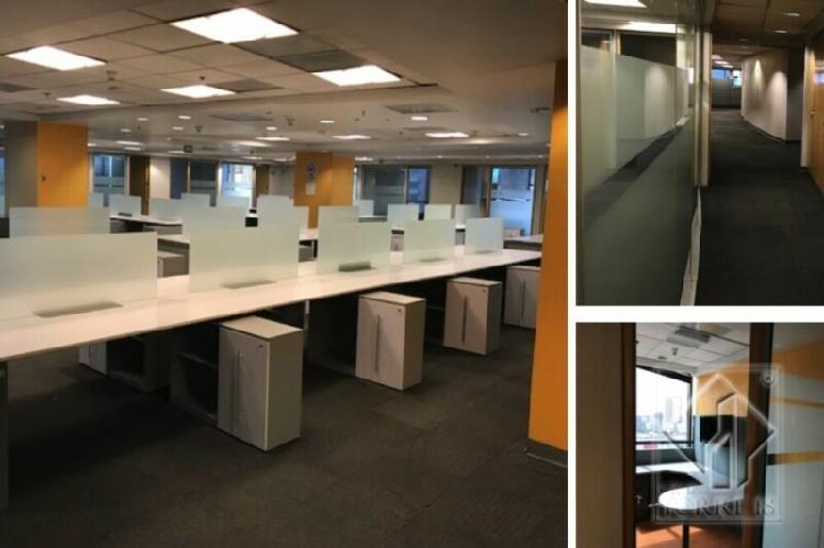 Piso de oficinas totalmete acondicionadas para empresas