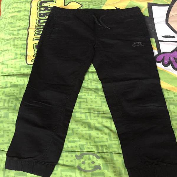 Pantalón de niño marca nike