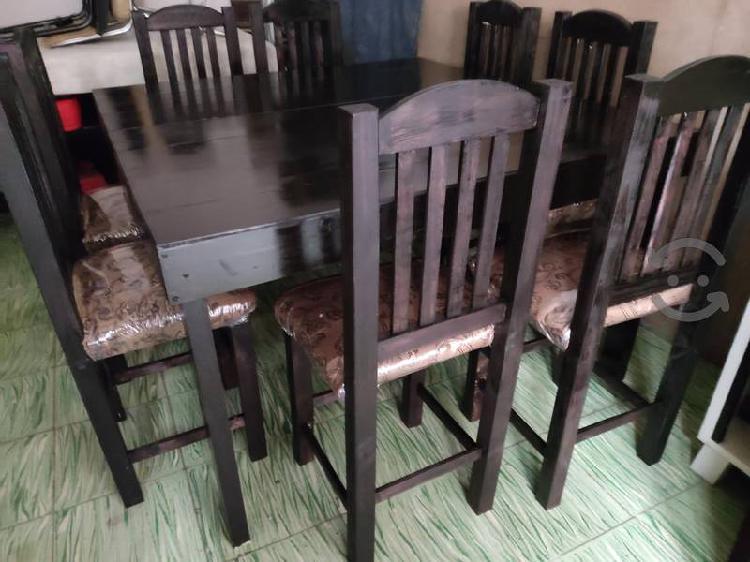 Amplio comedor 8 sillas