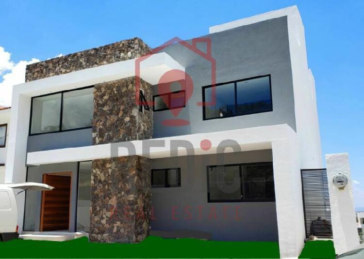Estrena casa de 4 hab + roof garden en lomas de juriquilla