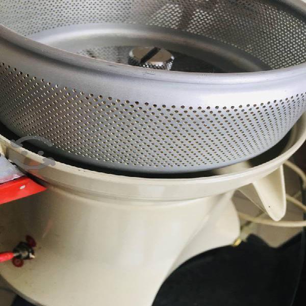 Extractor de jugos de uso rudo túrmix