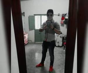 HUGO CHAVO MUY ATRACTIVO MASCULINO BUEN FÍSICO SEXOSERVIDOR