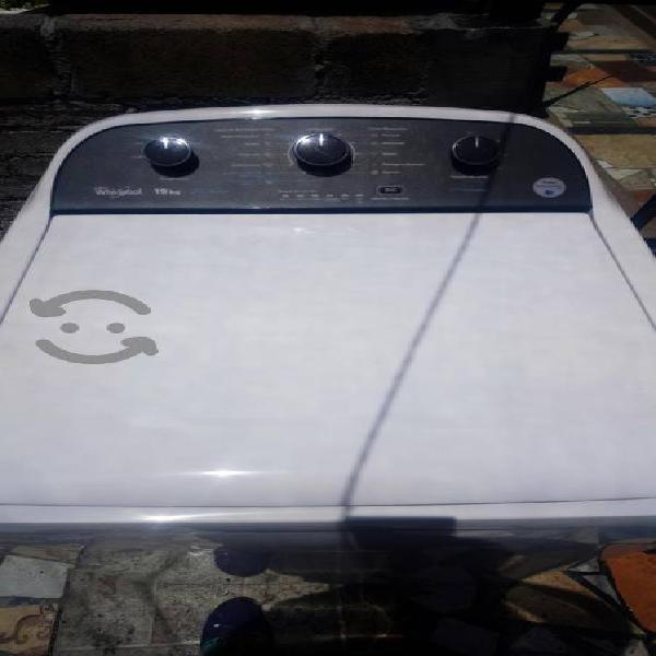 Lavadora whirpool de 19 kg
