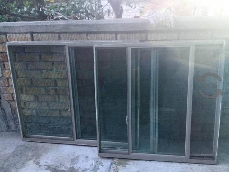 Ventanas de aluminio $850c/u café, vidrio ahumado