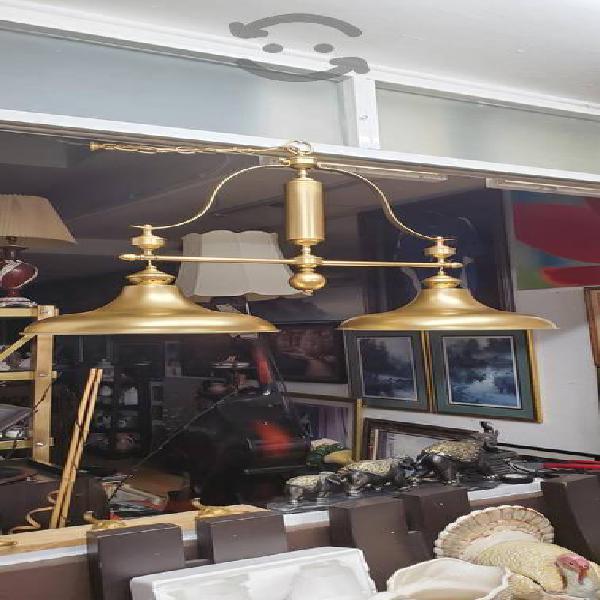 Antigua lámpara funcionando
