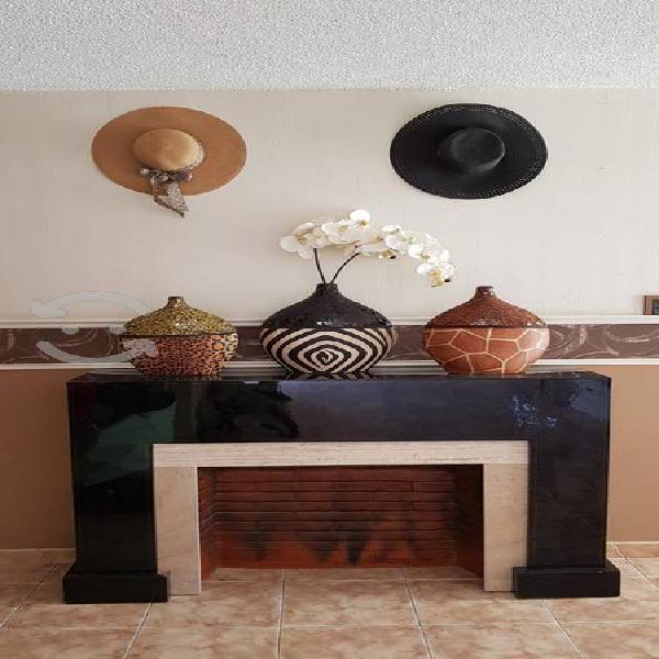 Chimenea excelente opción para decorar interiores