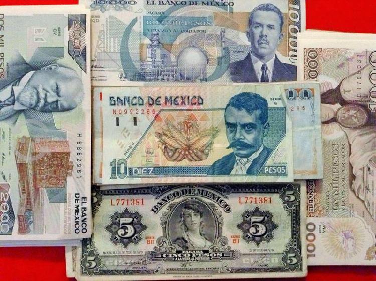 63 billetes antiguos mexicanos de colección