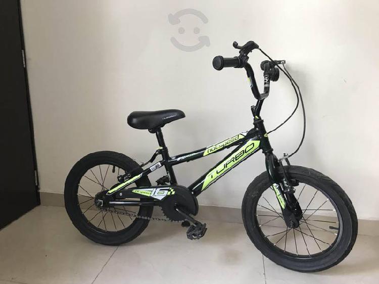 Bicicleta y scooter para niño